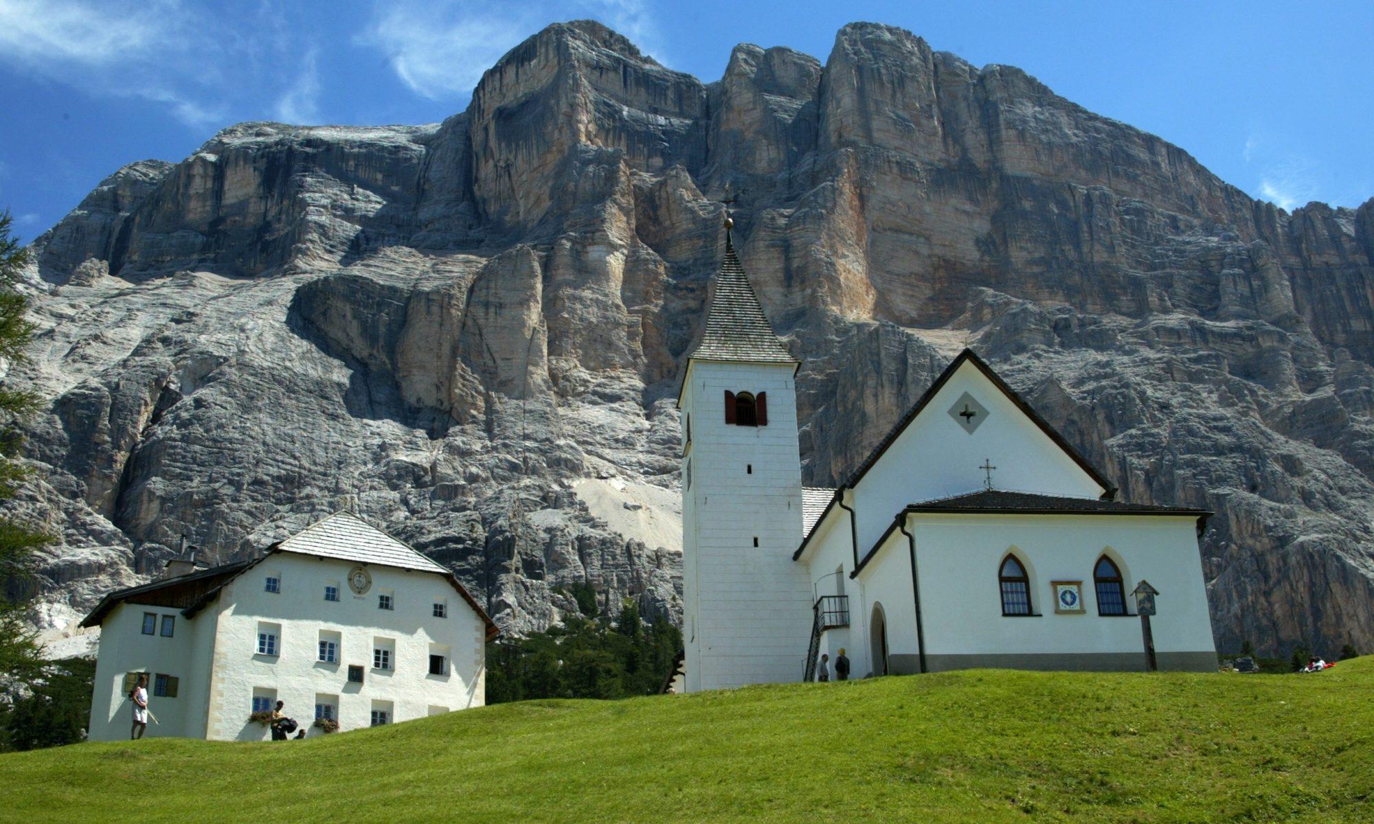 Alta Badia_chiesetta di S. Croce_by Freddy Planinschek