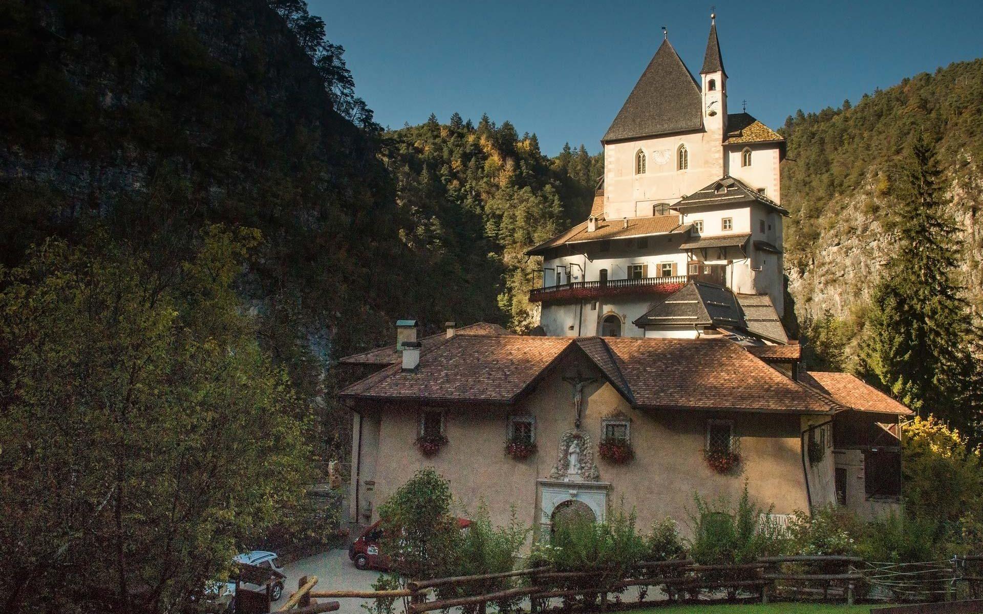 Visit Val di Non by Elena Marini Silvestri